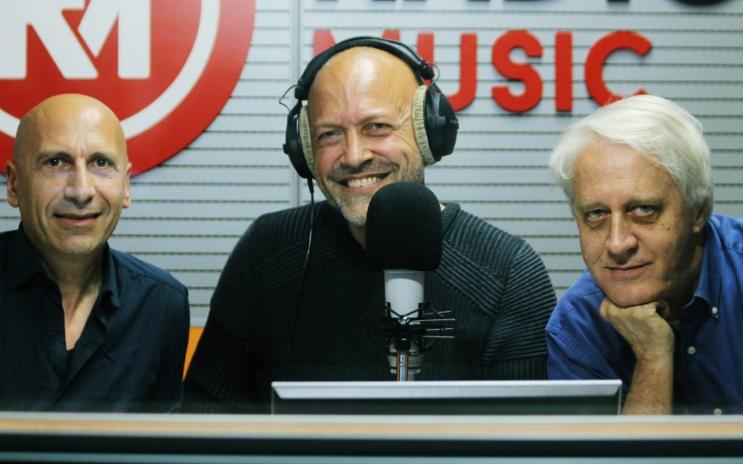 Guido Barbujani con Sergio Gallo e Francesco Mongiello - Credits: radioradiosa.it