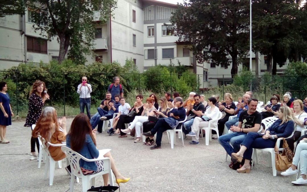 Incontro con Laura Pariani, terza ospite di Amabili Confini 2018, presso il quartiere Villa Longo.