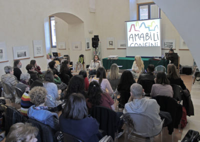 mary-b-tolusso-biblioteca-matera-amabili-confini-2019