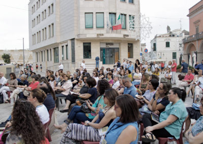 nadia-terranova-matera-amabili-confini-2019-piazza